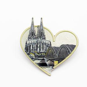 3D-Pin Herz asymmetrisch mit Dom & Hohenzollernbrücke golden