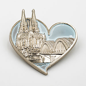 3D-Pin Herz mit Dom & Hohenzollernbrücke silber/blau